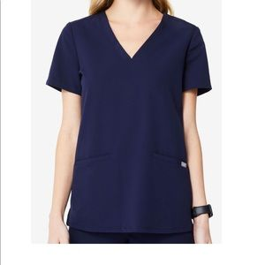 Figs 3 Pocket Scrub Top